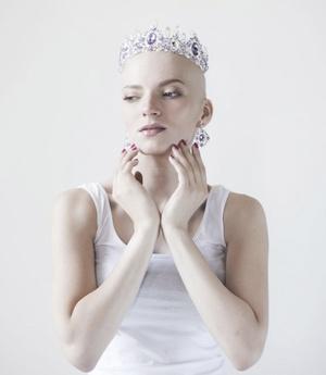 Девушку раком в контакт